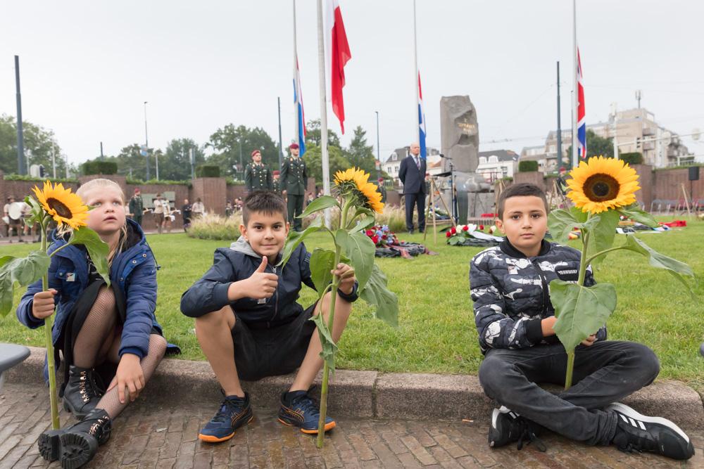 21-09: Photo report Airborne commemoration Bear Pit Arnhem