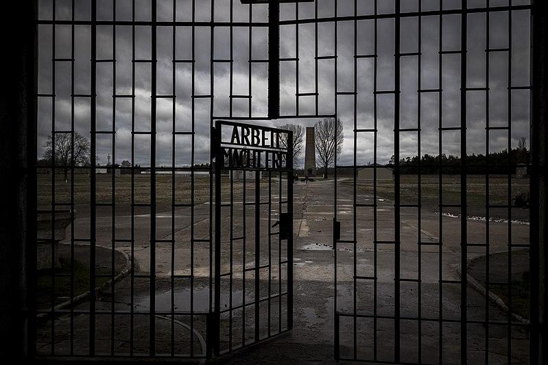 01-08: Oud-bewaker (100) van concentratiekamp alsnog voor Duitse rechter