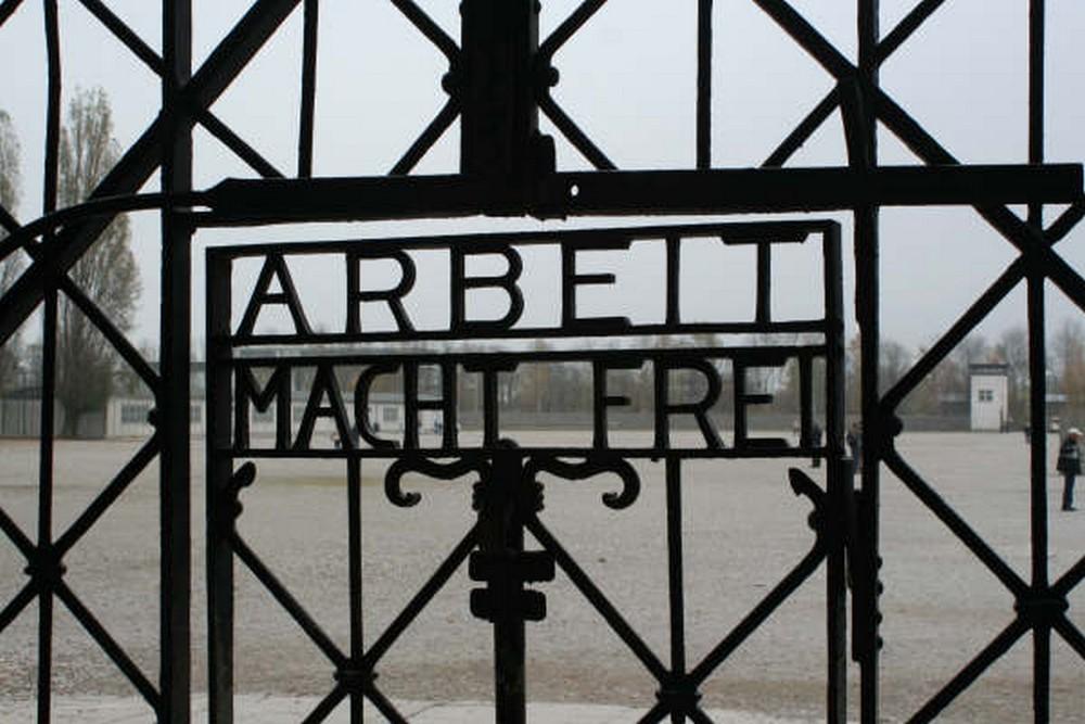 Almelo en het wonder van Dachau