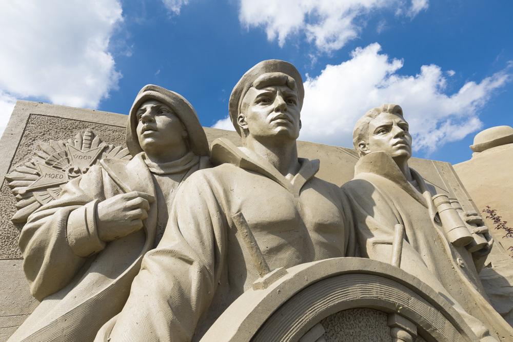 Fotoverslag Zandsculpturen 75 jaar bevrijding