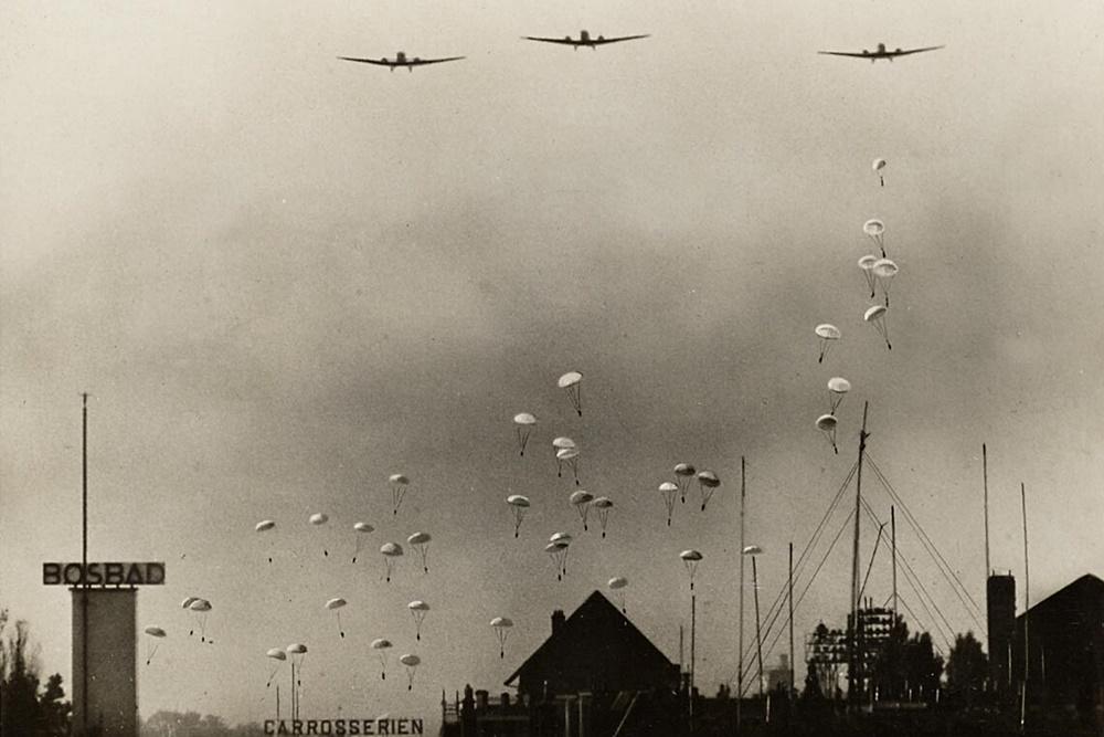 Het Helmondse parachutistenmysterie