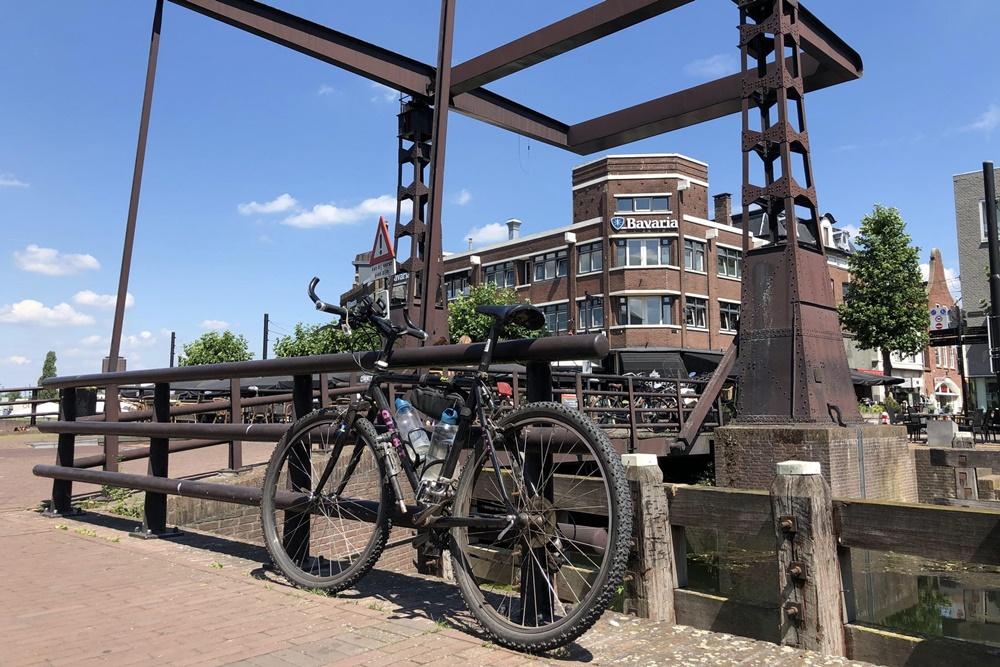 Fietsen door de Peel: Route 6 - Oorlog in Helmond