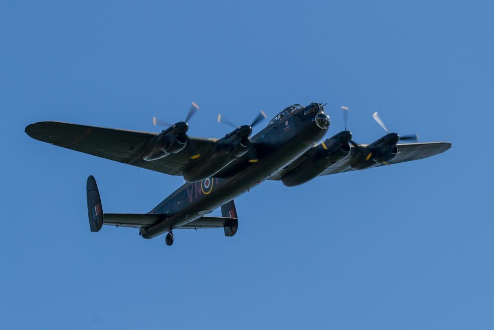BBMF Lancaster maakt herdenkingsvluchten over Nederland