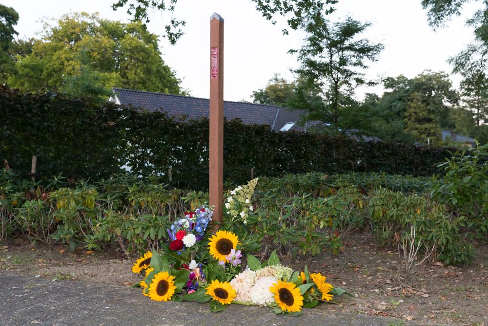 22-09: Gedenkteken onthuld voor neergeschoten burgers