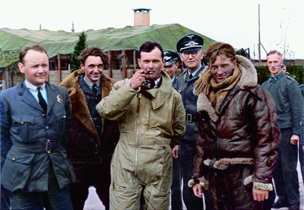 Getroffen door de moed van zeer jonge RAF-bemanningsleden