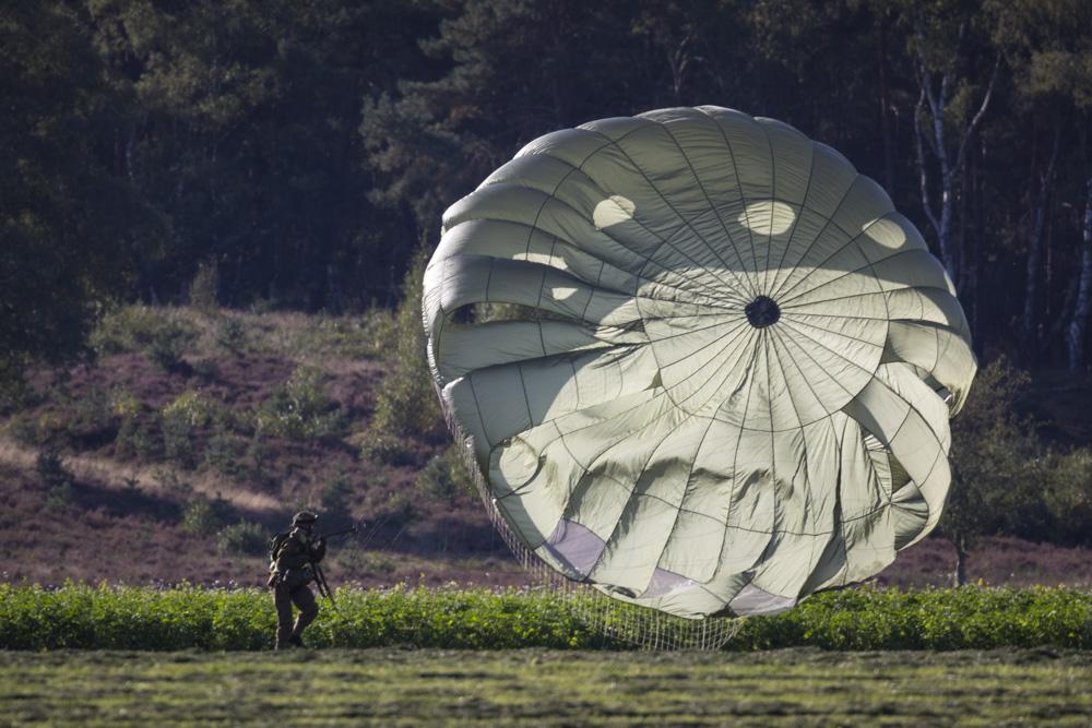 Fotoverslag Parachutesprongen Wolfheze