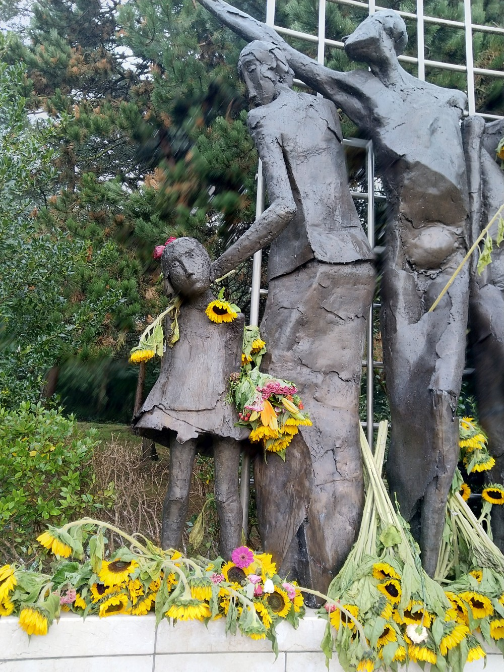 Fotoverslag Het Indisch Monument Den Haag na de herdenking