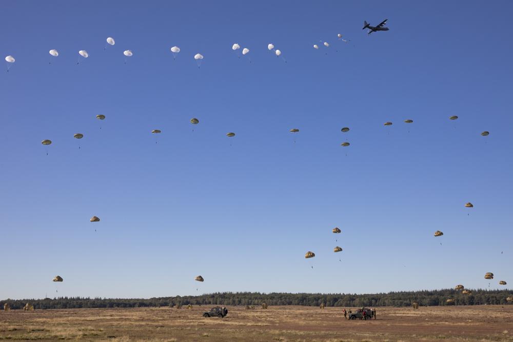 Fotoverslag Airborne luchtlandingen en herdenkingen 2019