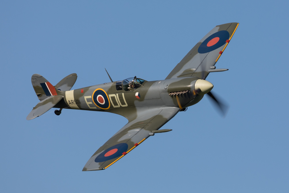 Fotoverslag evening airshow Shuttleworth Collection 19 mei 2018