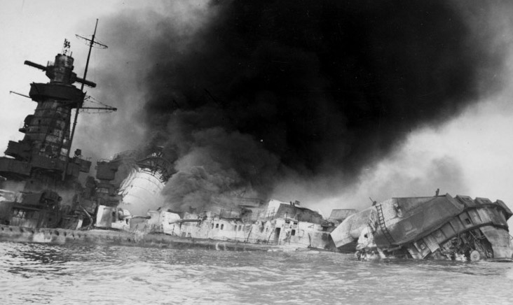 Photo: Admiral Graf Spee aflame.